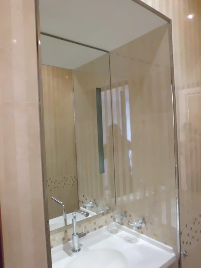 заказать влагостойкое зеркало для ванной